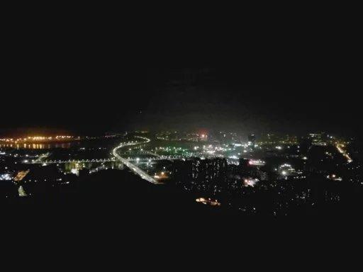 夜爬南山-根谈-独立站增长黑客 跨境营销自媒体